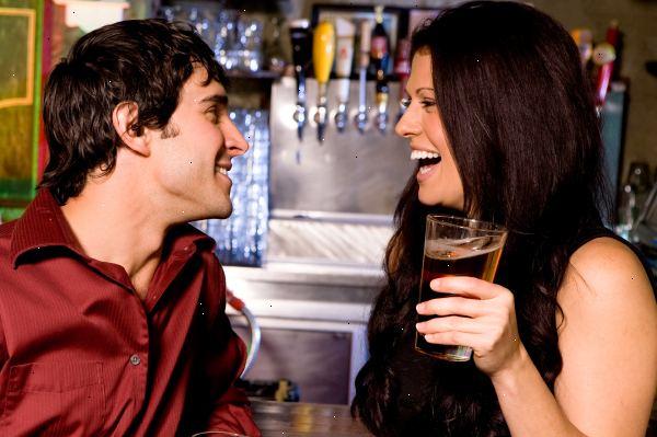 17 sätt för 💕 blyg flickor 💕 att flirta med deras Crush...